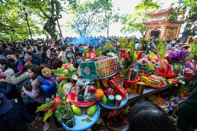 Phó Chủ tịch Hà Nội: Nếu Covid-19 bùng phát có thể tạm dừng lễ hội dịp Tết - 1