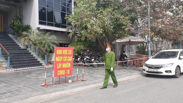 11 ca mắc Covid-19 trong cộng đồng, đường phố Quảng Ninh vắng tanh - 6