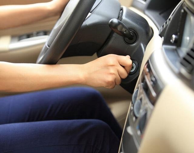 10 thói quen tai hại làm ô tô của bạn nhanh hỏng - 1