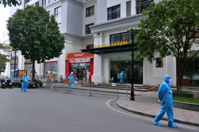 Hà Nội: Cận cảnh phong tỏa tòa nhà ở Times City - 3