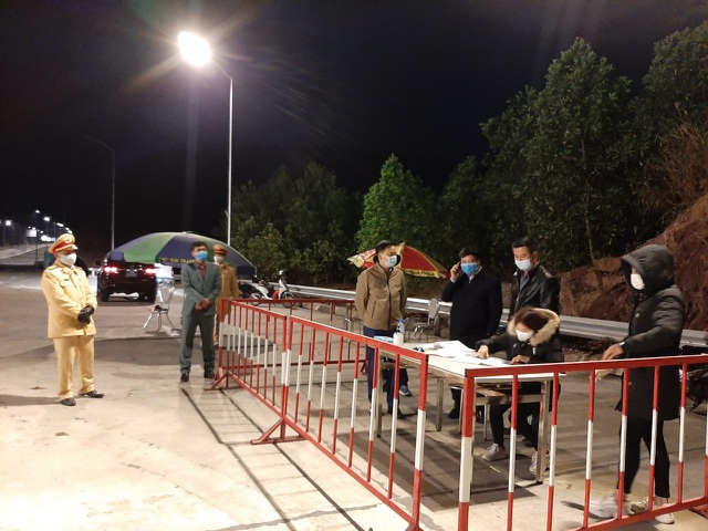 Giãn cách xã hội 21 ngày toàn bộ huyện Vân Đồn từ 12h trưa nay - 1