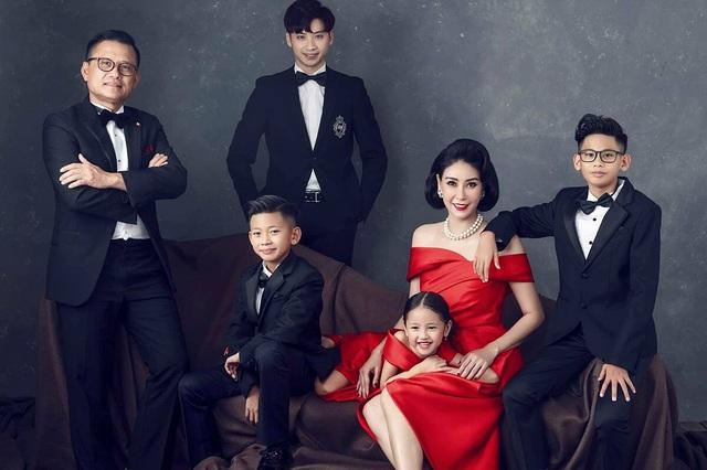 Những mỹ nhân Việt được chồng hết mực cưng chiều sau khi kết hôn - 10