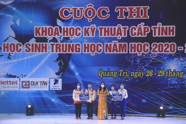Quảng Trị: Trao giải thưởng 58 dự án Khoa học kỹ thuật học sinh trung học - 2