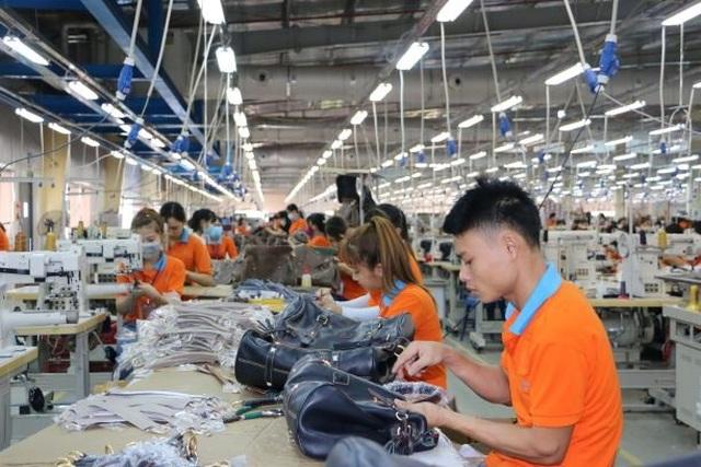 Doanh nghiệp tuyển 19.000 lao động với mức lương từ 5 - 15 triệu đồng - 1