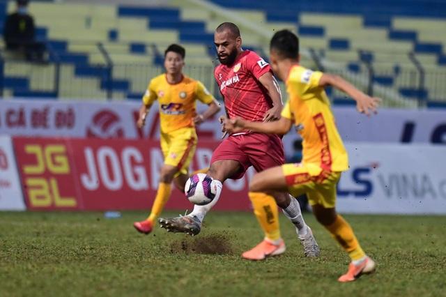 CLB Thanh Hóa thắng đậm CLB Nam Định trong trận cầu không khán giả - 7