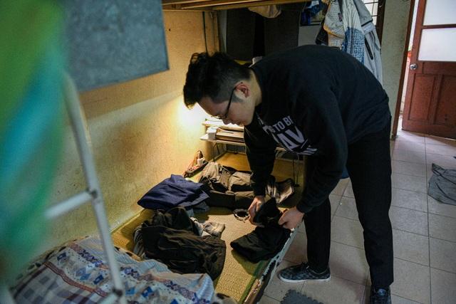 Tránh Covid-19, sinh viên thu dọn đồ đạc về quê nghỉ Tết sớm - 3