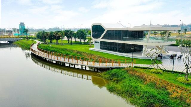 Hơn 350 tỷ đồng hoàn thiện 5ha công viên và tuyến phố đi bộ kênh Sông Trăng tại Van Phuc City - 3