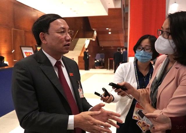 Bí thư Quảng Ninh: Tuyệt đối không để dịch lây lan trên diện rộng - 1