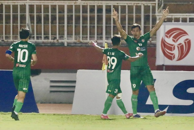 Sài Gòn FC thắng SL Nghệ An trong trận cầu không có khán giả - 5