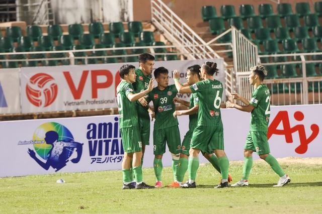 V-League chia tay năm cũ Canh Tý với trận đấu không khán giả - 9