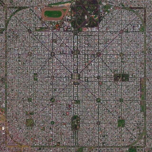 Những thành phố quy hoạch đẹp đến khó tin khi nhìn từ trên cao - 8