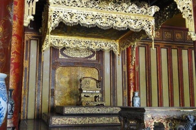 Ngắm ngôi điện đặt ngai vàng vua Nguyễn trước khi trùng tu - 20