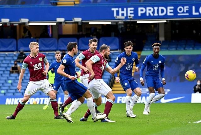 Chelsea 2-0 Burnley: Dấu ấn của đôi cánh - 3