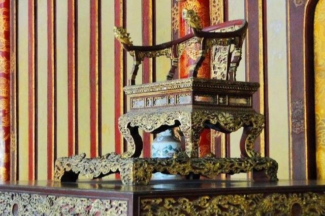 Ngắm ngôi điện đặt ngai vàng vua Nguyễn trước khi trùng tu - 19