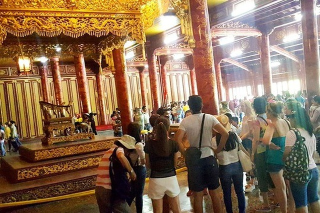 Ngắm ngôi điện đặt ngai vàng vua Nguyễn trước khi trùng tu - 2