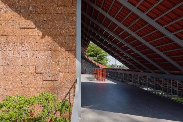 Nhà vườn 7.000m2 đẹp lạ ở Sài Gòn, choáng ngợp nhất là nội thất bên trong - 11