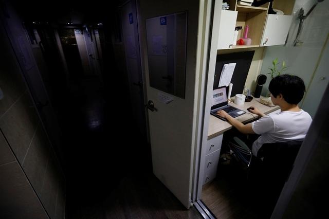 Cảnh sống ngộp thở trong phòng trọ 5m2, giá 6 triệu đồng/tháng ở Hàn Quốc - 4