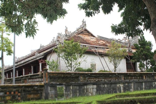 Ngắm ngôi điện đặt ngai vàng vua Nguyễn trước khi trùng tu - 12