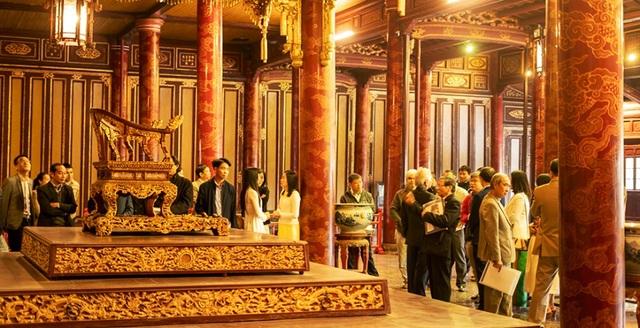 Ngắm ngôi điện đặt ngai vàng vua Nguyễn trước khi trùng tu - 18