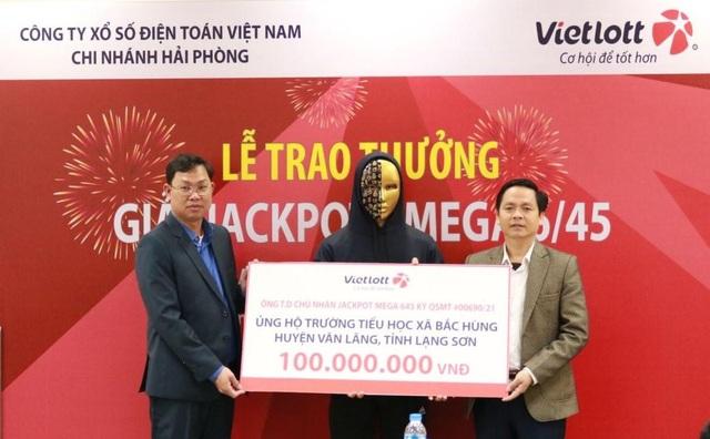Người chơi trúng Jackpot đầu tiên tại Lạng Sơn ủng hộ thiết bị học tập cho trẻ em - 3
