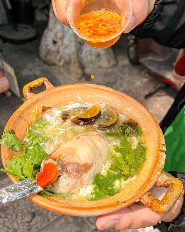 Súp càng cua khủng giá nửa triệu đồng ở Sài Gòn hút khách thưởng thức - 3