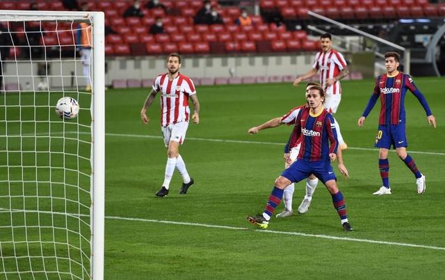 Messi lập siêu phẩm sút phạt, Barcelona soán vị trí của Real Madrid - 10