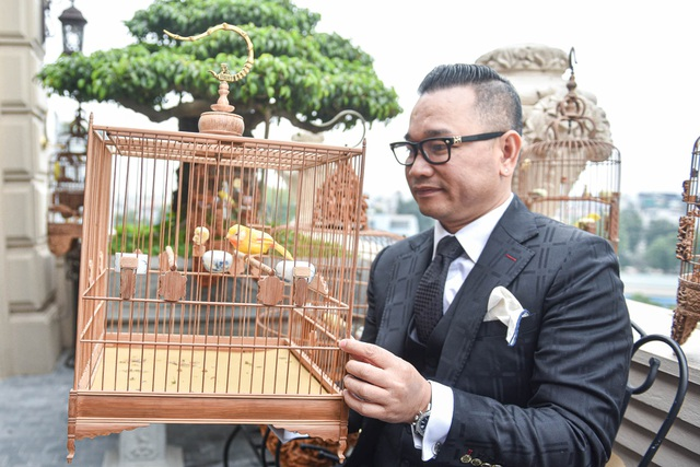 Tay cầm tiền tỷ, đại gia cũng không mua nổi chim ngũ sắc độc nhất Việt Nam - 7