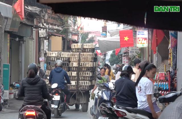 Vụ công nông ăn gà đại náo làng quê: Bất lực hay buông lỏng quản lý? - 6