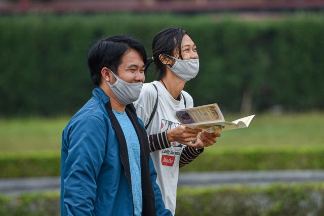 Cảnh vắng vẻ không một bóng người tại các điểm du lịch nổi tiếng ở Hà Nội - 3