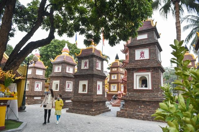 Cảnh vắng vẻ không một bóng người tại các điểm du lịch nổi tiếng ở Hà Nội - 13