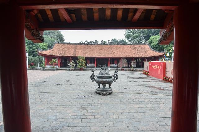 Cảnh vắng vẻ không một bóng người tại các điểm du lịch nổi tiếng ở Hà Nội - 4