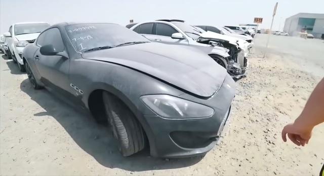 Vì sao ở Dubai có nhiều xe sang và siêu xe bị vứt bỏ như rác? - 1