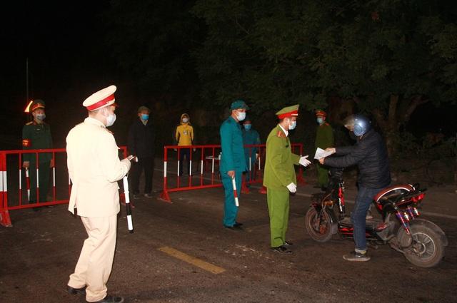 Quảng Ninh: Thêm 2 ca dương tính SARS-CoV-2 - 1