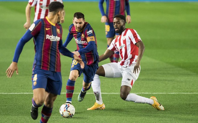 Messi lập siêu phẩm sút phạt, Barcelona soán vị trí của Real Madrid - 8