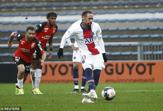 Neymar lập cú đúp, PSG vẫn thua sốc đội gần bét bảng Lorient - 4