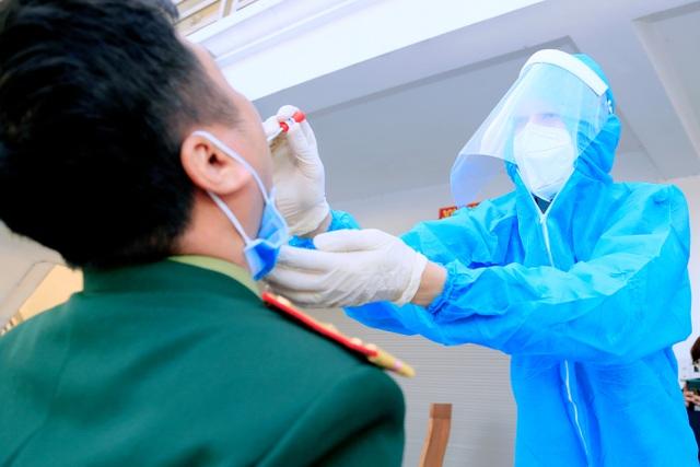 Quảng Ninh thêm 5 trường hợp dương tính với SARS-CoV-2 - 4