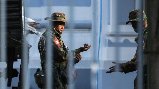 Anh trừng phạt tập đoàn kinh tế Myanmar - 1