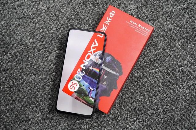 Những smartphone có tiền cũng khó mua ở Việt Nam - 4