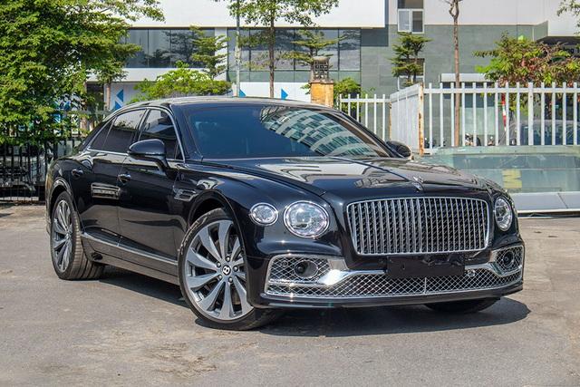 Biệt thự di động Bentley Flying Spur W12 First Edition giá hơn 25 tỷ đồng - 1