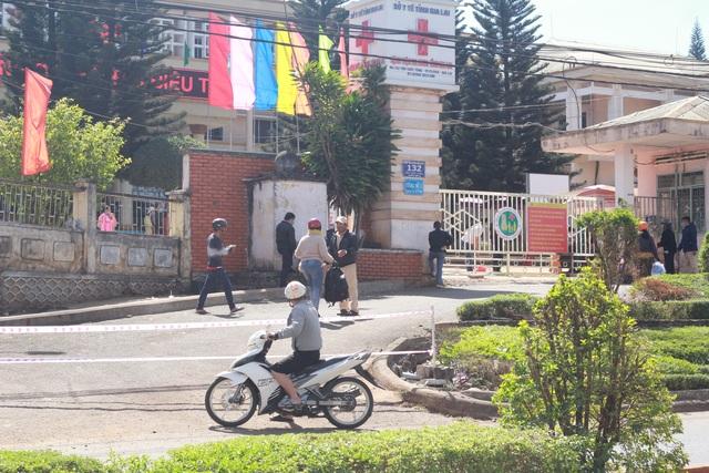 Khoanh vùng, truy vết gần 1.300 người trong Bệnh viện Đa khoa tỉnh Gia Lai - 2