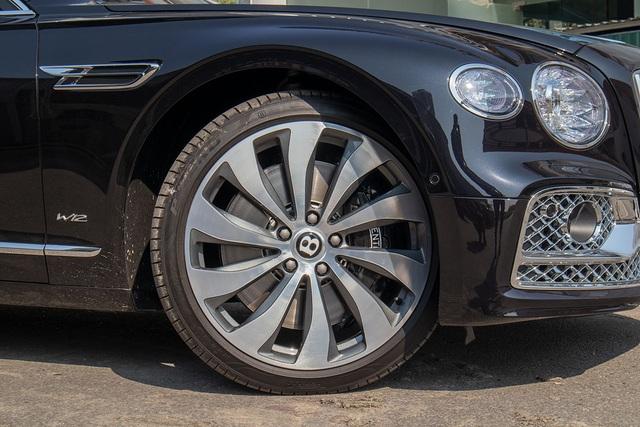 Biệt thự di động Bentley Flying Spur W12 First Edition giá hơn 25 tỷ đồng - 5