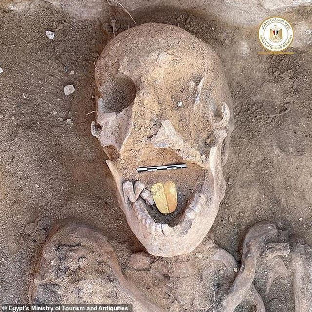 Xác ướp 2.000 năm tuổi có chiếc lưỡi vàng - 1