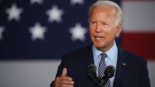 Ông Biden giáng đòn trừng phạt đầu tiên với Nga, Moscow giận dữ đáp trả - 1