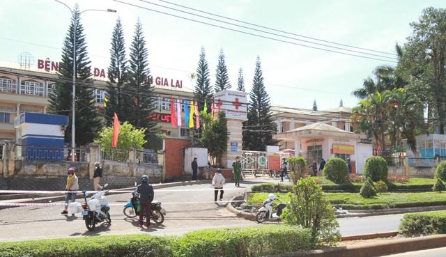 Khoanh vùng, truy vết gần 1.300 người trong Bệnh viện Đa khoa tỉnh Gia Lai - 3