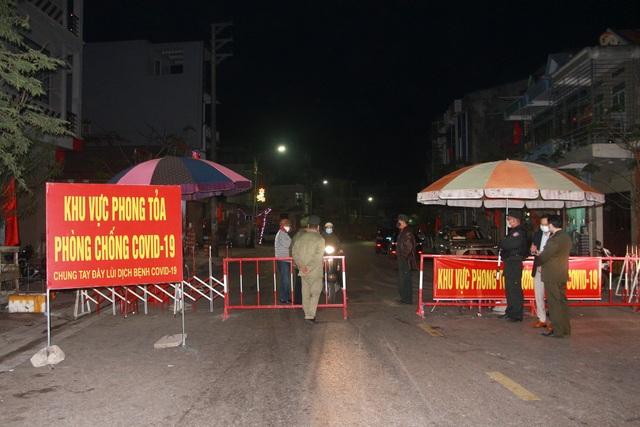 Quảng Ninh phong tỏa tạm thời 6 xã, thị trấn tại đảo Vân Đồn - 1