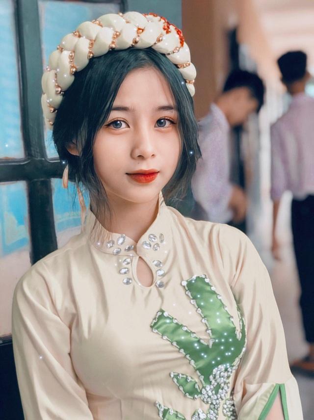 Nữ sinh lớp 11 xinh xắn, được ví là bản sao của Quỳnh Anh Shyn - 3