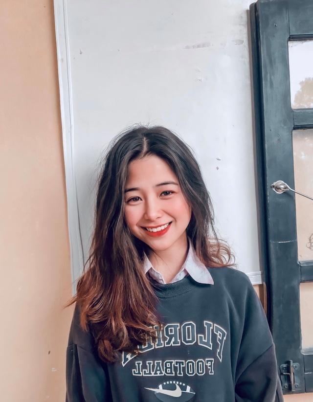 Nữ sinh lớp 11 xinh xắn, được ví là bản sao của Quỳnh Anh Shyn - 9