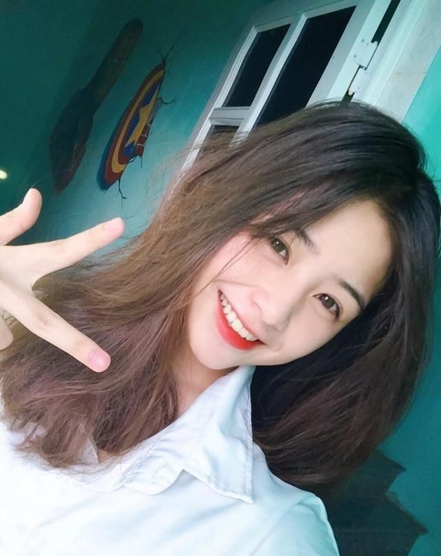 Nữ sinh lớp 11 xinh xắn, được ví là bản sao của Quỳnh Anh Shyn - 14