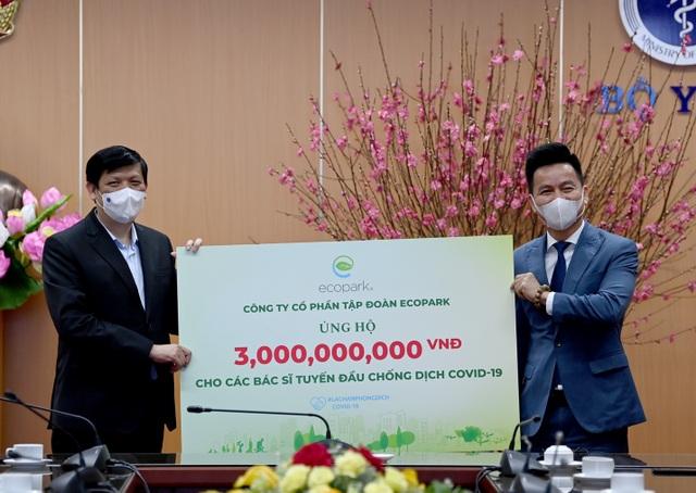 Ecopark ủng hộ 13 tỷ đồng cho công tác phòng chống dịch Covid-19 - 1