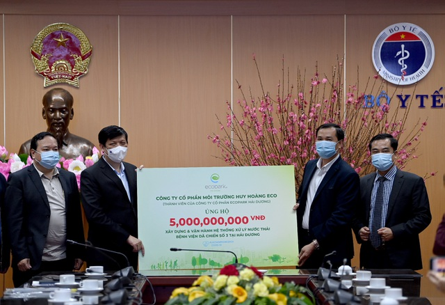 Ecopark ủng hộ 13 tỷ đồng cho công tác phòng chống dịch Covid-19 - 3